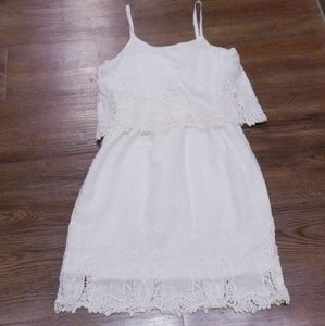 Sun dress with lace embellishments